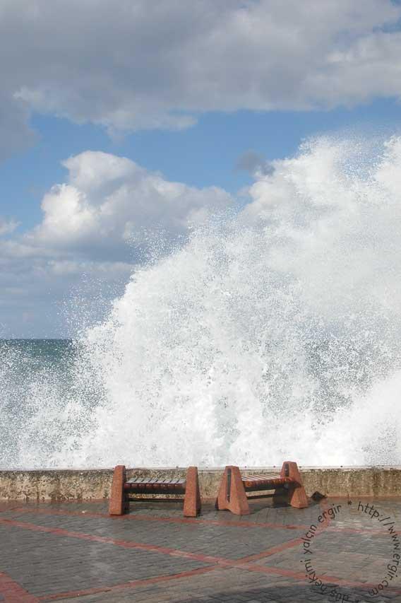 Dalgaların İhtişamı - Deniz Resimleri
